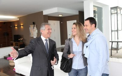 4 Benefits of Working With a Real Estate Agent When Buying a House